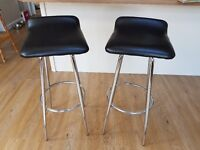 For sale: 2 x black bar stools, very good condition! Collection SO53