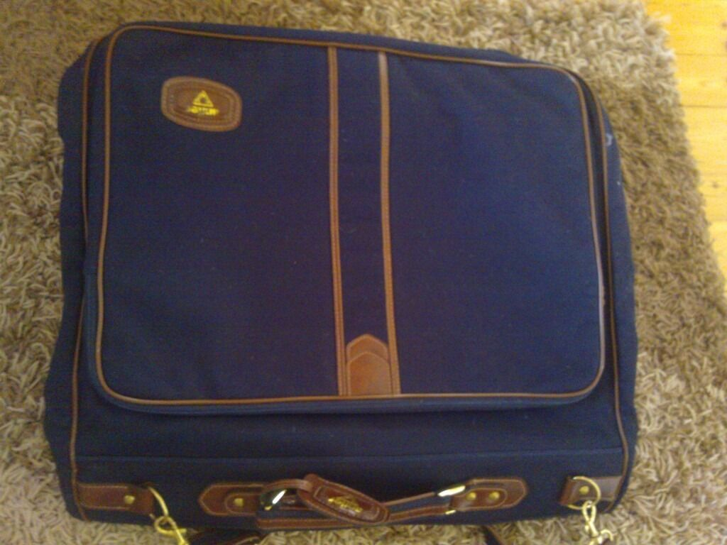 Antler Business Suit Bag Dress Bag suit Carrier weekend luggage