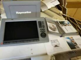 Raymarine C120 w
