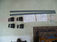 Set of Roof Bars and Fixing Brackets for Peugeot 307 or 607 or Citroen Cars C5