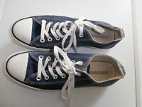 Mens Navy Converse All Star size 7