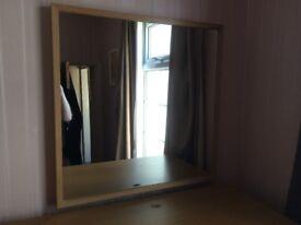 Square mirror (700x700)