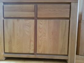 solid oak side cabinet. Very good condition