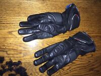 Leather bikers gloves