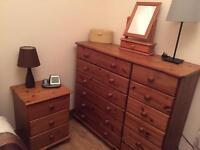 Bedroom Solid Pine Furniture (5 pieces)