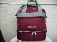 HENSELITE BOWLS BAG ( LARGE SIZE) . EXCELLENT CONDITION ( SEE PHOTOS ) BARGAIN!! £20. 00