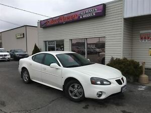 2007 Pontiac Grand Prix Base *WOW*