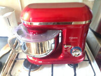Savisto 1260W Retro Food Stand Mixer With 5.5L Bowl, Splash Guard, Dough Hook, Whisk, Beater – Red