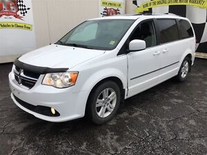 2014 Dodge Grand Caravan Crew, Automatic, Stow N Go, Sunroof, On