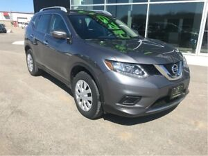 2015 Nissan Rogue One Owner, AWD, HANDS FREE, BACK UP CAMERA
