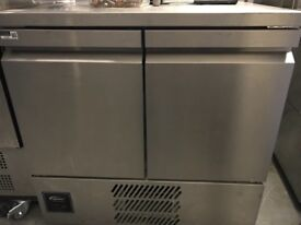 Williams under counter prep freezer fridge catering equipments cafe job lot hotels pubs