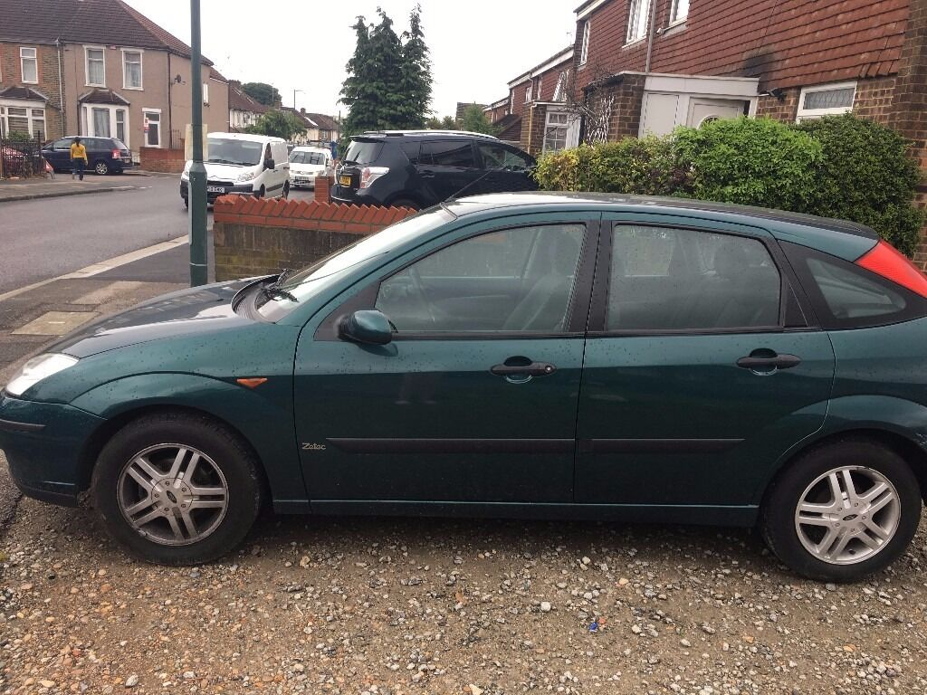 Green ford focus zetec 2002 automatic works very well