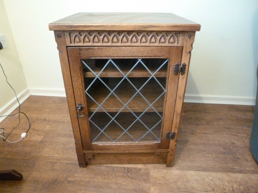 Wooden Hi Fi Media Unit Display Cabinet Leaded Glass Door 2  # Hifi Furniture Wood High Quality