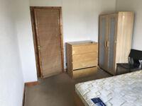 a double room to share, near napier, heriot watt, in west edinburgh