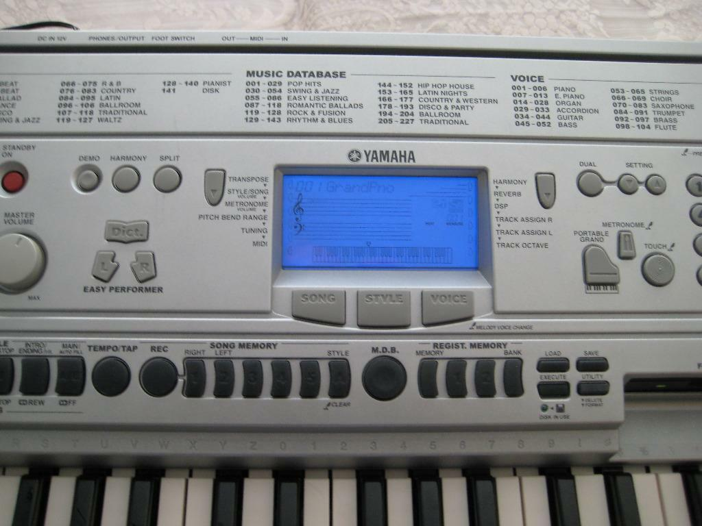 yamaha psr 450 keyboard in middleton manchester gumtree. Black Bedroom Furniture Sets. Home Design Ideas