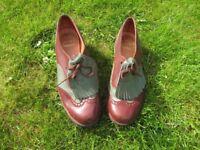 Woman's/Lady's Vintage Golf Shoes Size 5