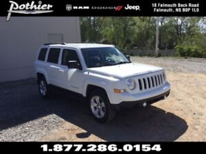 2014 Jeep Patriot Sport 4x4 | CLOTH | HEATED SEATS | UCONNECT |