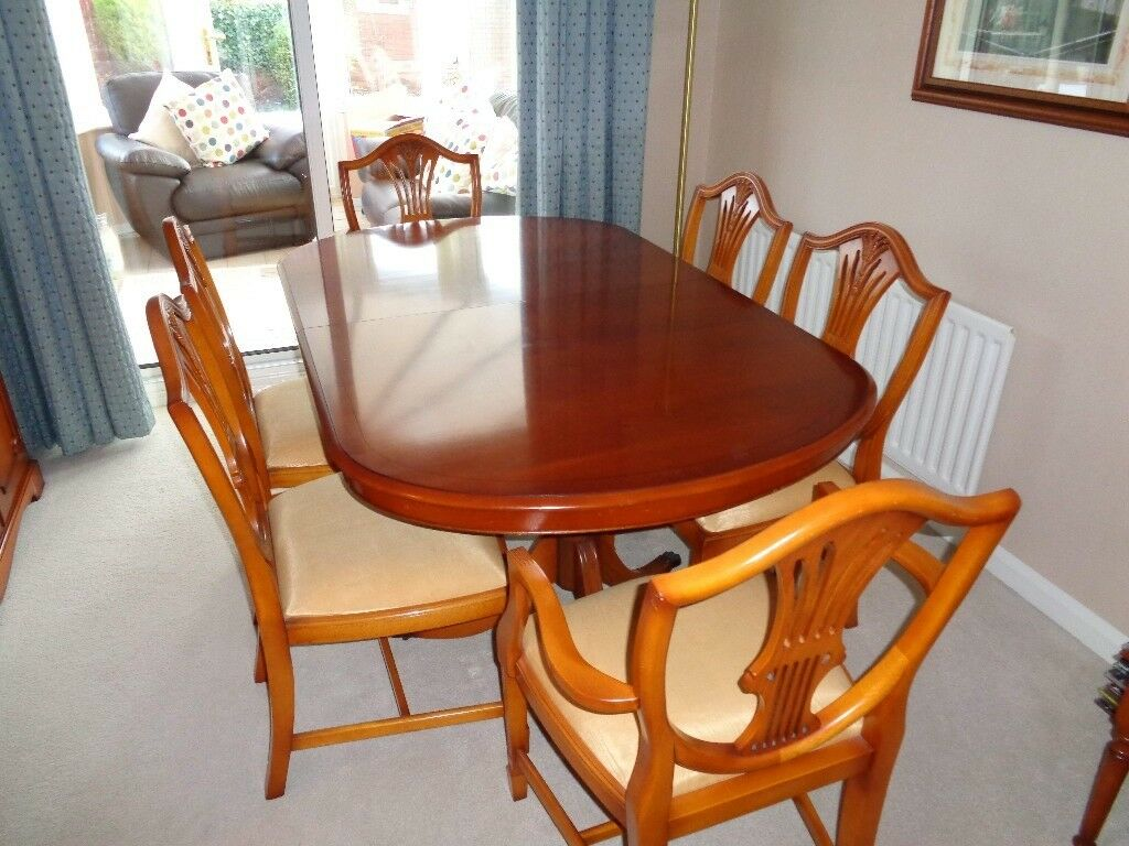 Bradley Yew Dining Table And Chairs Matching Sideboard