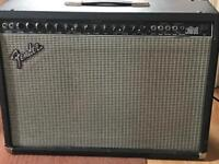 Fender Ultimate Chorus 2 X 12 Combo Amp