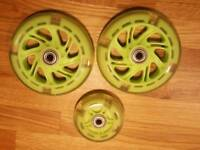 Micro Scooter Wheels, Green with Lights - Brand New