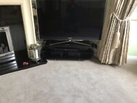 Oval shaped tv stand