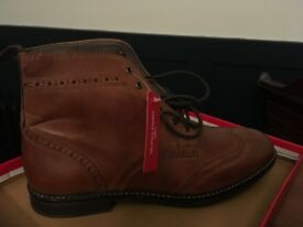 Men's Red Tape brogue boots - unworn!