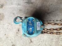 Hublast block and tackle chain hoist