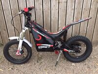 OSET 16 Racing with upgraded Shimano hydraulic brakes and competition rear tyre