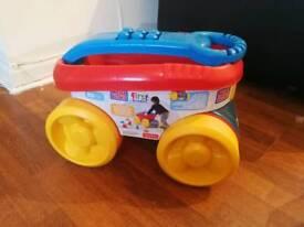 Mega bloks scooping wagon