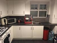 Apartment available for short term lets 2-5 days 85.00 per night perfect for offering services