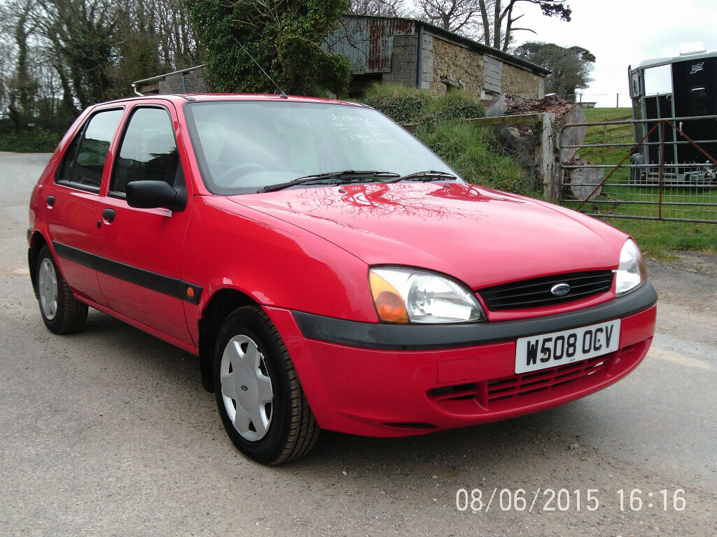 2000 ford fiesta 1 3 finesse red 5 door hatchback fsh in newquay cornwall gumtree. Black Bedroom Furniture Sets. Home Design Ideas