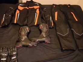 Motorcycle Complete Orange Suit. Jacket, Pants, Gloves, Boots