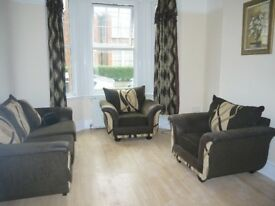 2 bedroom flat with a private garden