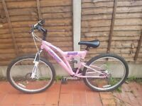 Pink Dunlop Sport Cold Fusion Mountain Bike