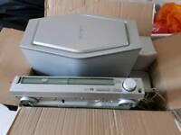 Sony DAV-S500 5.1 Surround Sound DVD Player