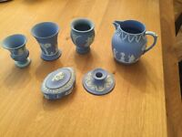 Assorted selection six pieces of Wedgewood for sale in Woking