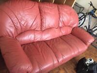 Free Lester Sofa