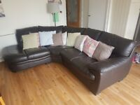 BROWN LEATHER CORNER SOFA - GOOD CONDITION