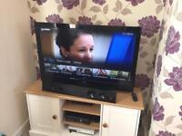 """3D HD 42"""" TV with Soundbar"""