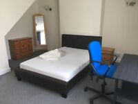 Double and Single Student Rooms newly refurbished near Queen Street