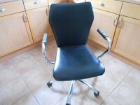 Swivel Rise and Fall Office Chair