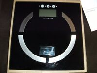 ELECTRONIC BODY ANALYSER SCALES (Brand New & Boxed)