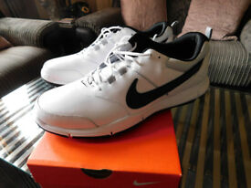 **BRAND NEW** NIKE PIONEER SNR53 WHITE GOLF SHOES, size 11