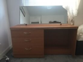 DRESSING TABLE * reduced*