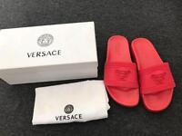 Red Versace Medusa embossed logo pool slide - size 6&8