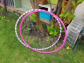 2 hula hoops