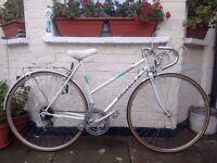Fast and lightweight peugeot premierelle racer bike