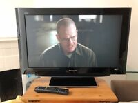 "PANASONC 32"" FULL HD TV"