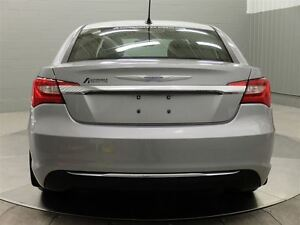 2013 Chrysler 200 TOURING A/C MAGS TOIT OUVRANT West Island Greater Montréal image 6