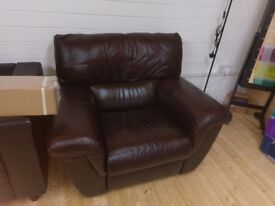 Leather 3 piece sofa with two reclining seats & matching single reclining chair